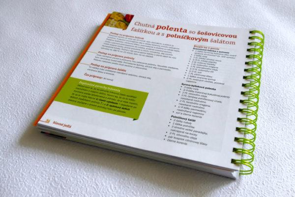 """(Za)chráňte svoje črevo"""" a """"Protiprdkavá kuchárska kniha"""". Igor Bukovský, Ivana Mesárošová, Petra Gálisová."""